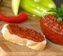 Domowy ajwar: przepis na przysmak kuchni serbskiej