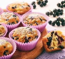 Muffiny z aronią i jabłkiem: sprawdzony przepis