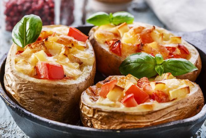 Ziemniaki pieczone a'la pizzerinki