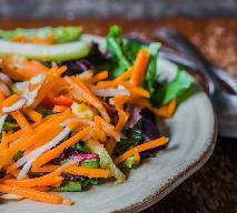 Rewelacyjna i super zdrowa surówka z tartych warzyw korzeniowych
