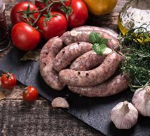Ukraińska kiełbasa domowa, przepis na wieprzową kiełbasę [WIDEO]