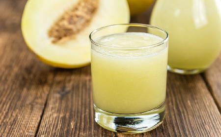 Bezalkoholowy drink z melona i kalarepki - zdrowy i orzeźwiający
