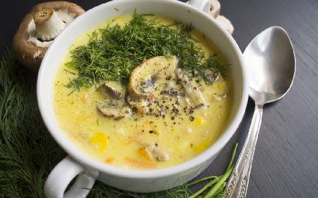 Zupa serowa z pieczarkami i koperkiem: lepszej jeszcze nie jedliście