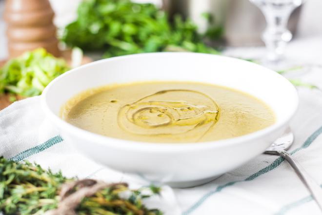 Zupa oliwkowa z menu beszamel