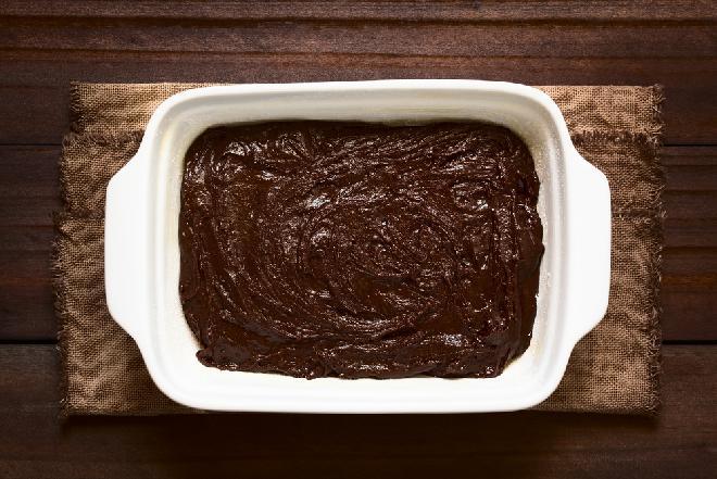 Czekoladowe ciasto, które mieszasz i pieczesz w tym samym naczyniu