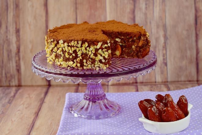 Daktylowo-bakaliowe ciasto świąteczne [bez glutenu, cukru i laktozy]