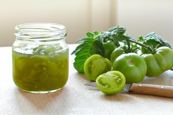 Dżem z zielonych pomidorów: prosty przepis