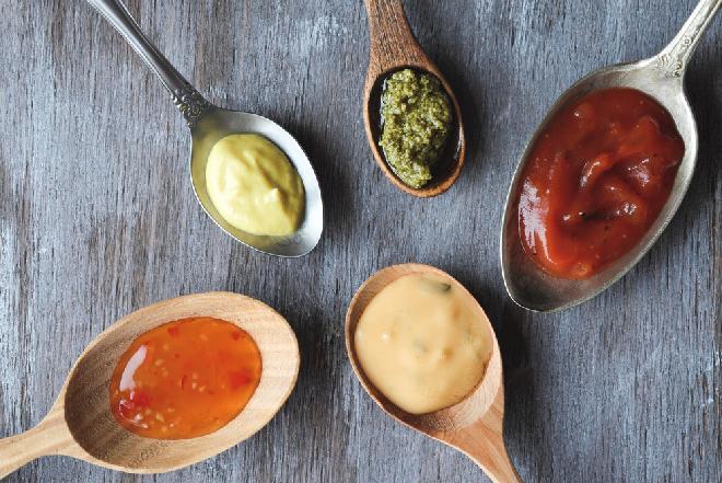 10 sekretnych przepisów na zimne sosy, które odmienią twoje życie [GALERIA]