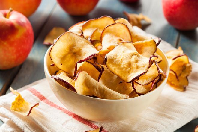 Suszenie jabłek: jak zrobić jabłka suszone w domu?